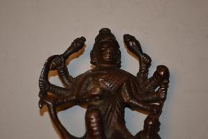 Tibet: Petite sculpture de Bouddha en Bronze