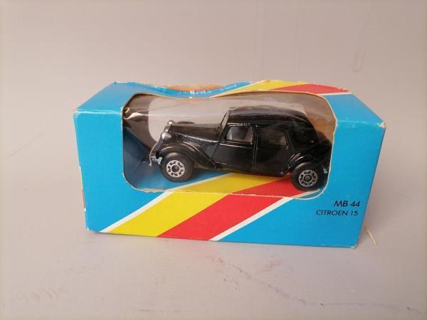 Matchbox MB 44 Citroën Traction avant 15 CV - Micro miniature