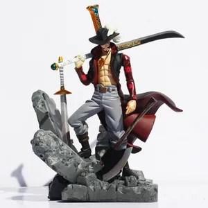 figurine one piece mihawk