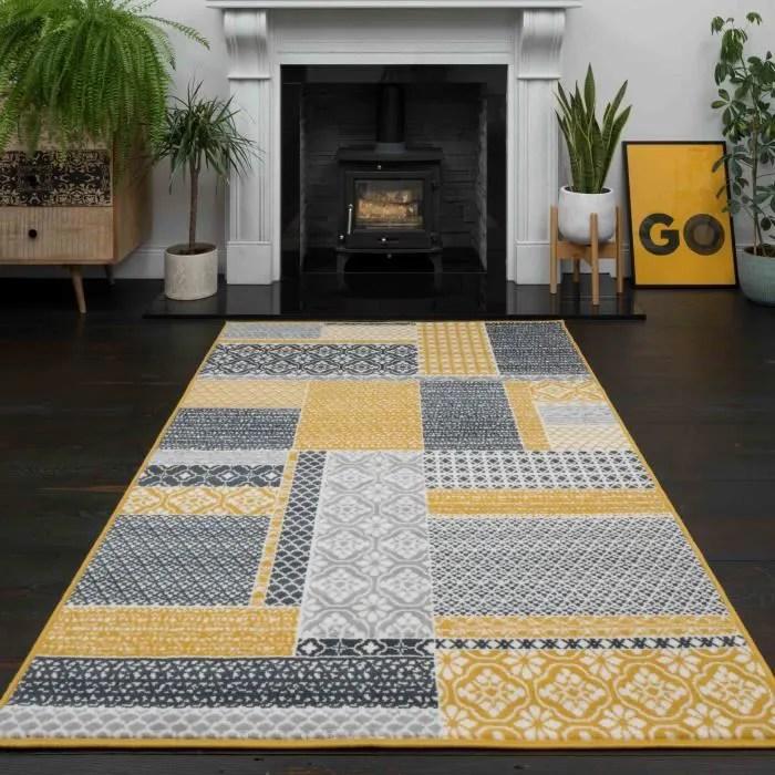 tapis de salon traditionnel milan motif patchwork ocre gris beige et jaune moutarde 120cm x 170cm 3 11 x 5 7