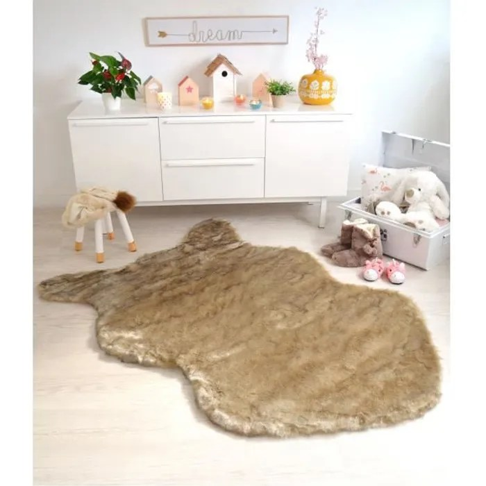 tapis peau de bete fausse fourrure beige 120