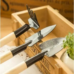 outils de jardin