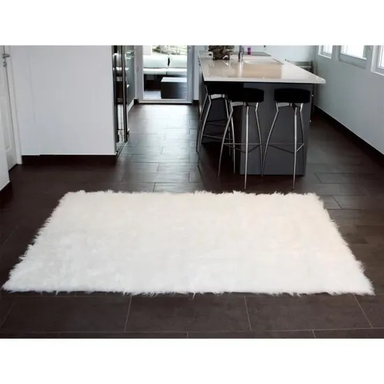 tapis rectangle en peau de mouton synthetique blanc 110 x 70 cm