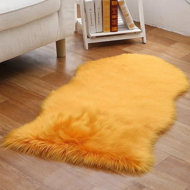 1pcs tapis de fourrure jaune faux peau de mouton