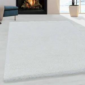 tapis blanc chambre
