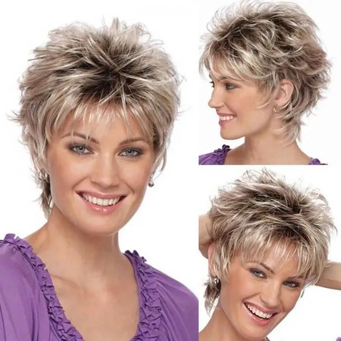 mode perruque courte coupe de cheveux boucles degr
