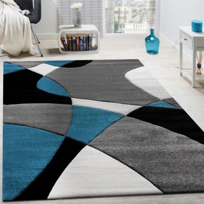 createur tapis moderne motifs geometriques decoupe