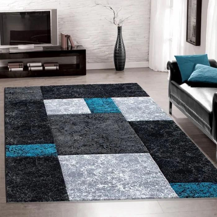 tapis salon design moderne a poil court a carreaux