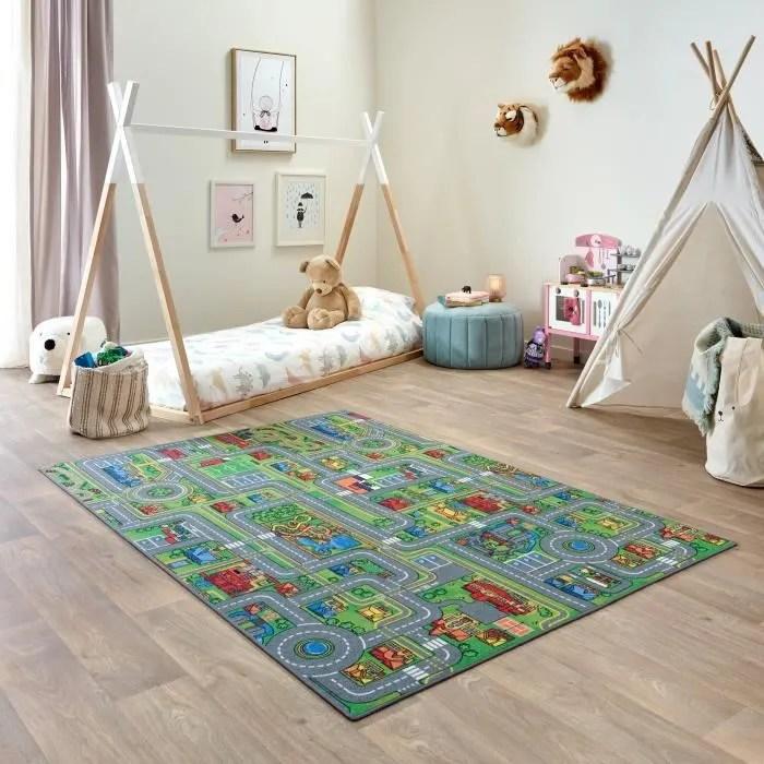 enfant tapis voiture circuit