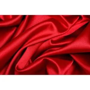 papier peint baroque rouge