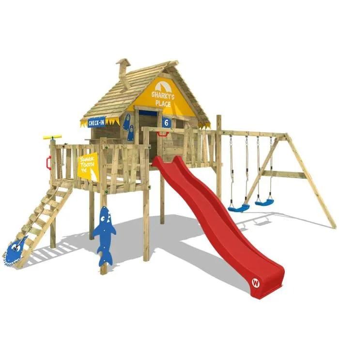 aire de jeux wickey resort cabane en bois sur pilotis tour d escalade avec 2 sieges de balancoire toboggan et bac a sable