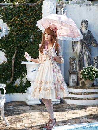A lolita model holding a parasol.