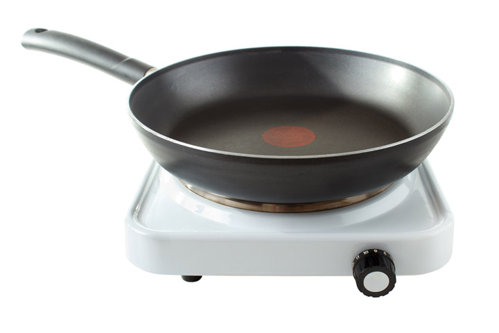 hotplate and a microwave cooking in small spaces by amy powell for cdkitchen