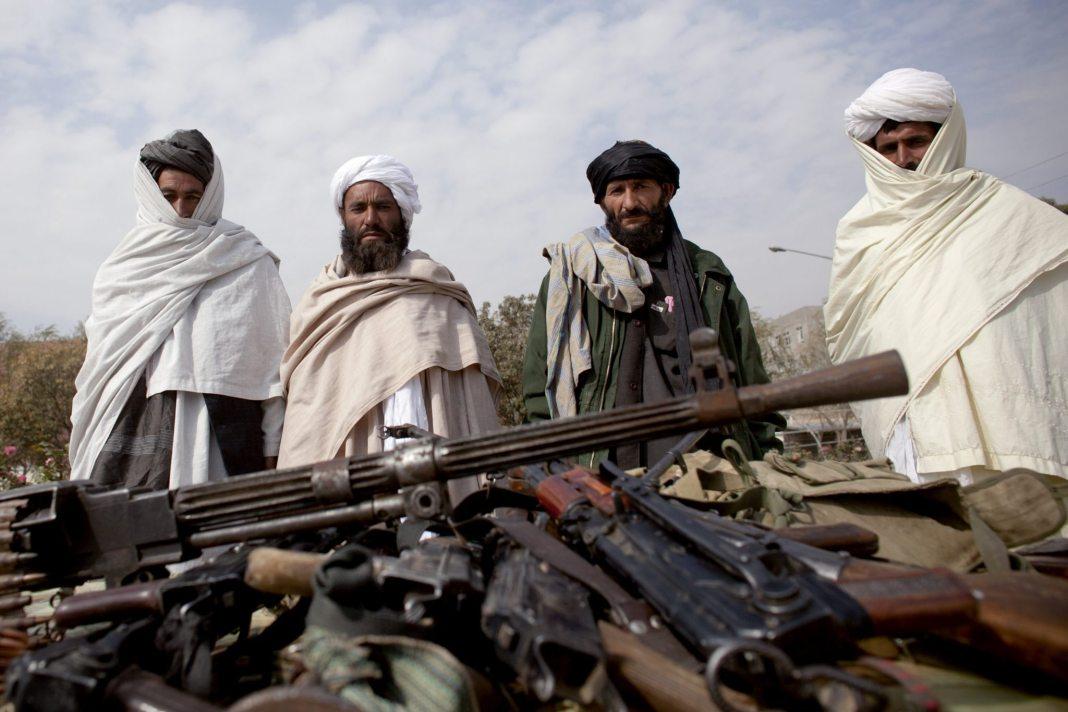 Talibani-znova-v-akciji-zavzeli-polovico-mesta-Kunduz-v-Afganistanu-01.jpg