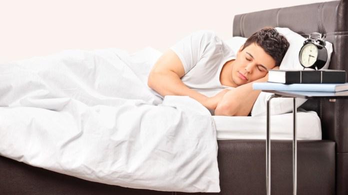 160722171613-man-sleeping-full-169.jpg
