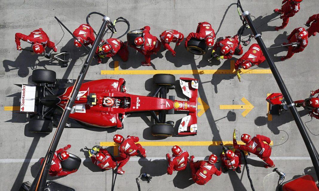 Ferrari-pit-stop-016.jpg