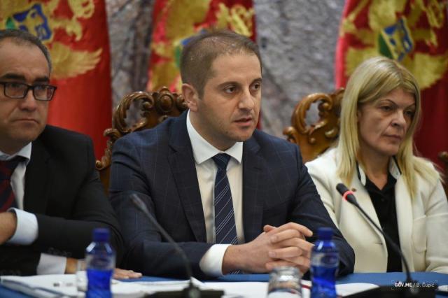 Vlada-Budzet2.jpg
