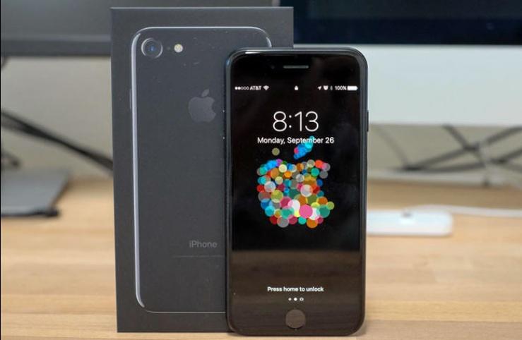 apple_iphone7_topmobilni_test003_c4cc3c.jpg