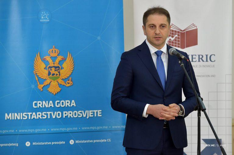 ministar-prosvjete-768x511.jpg