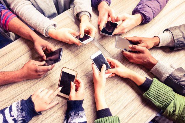 social-media-friendships-embed-2.jpg