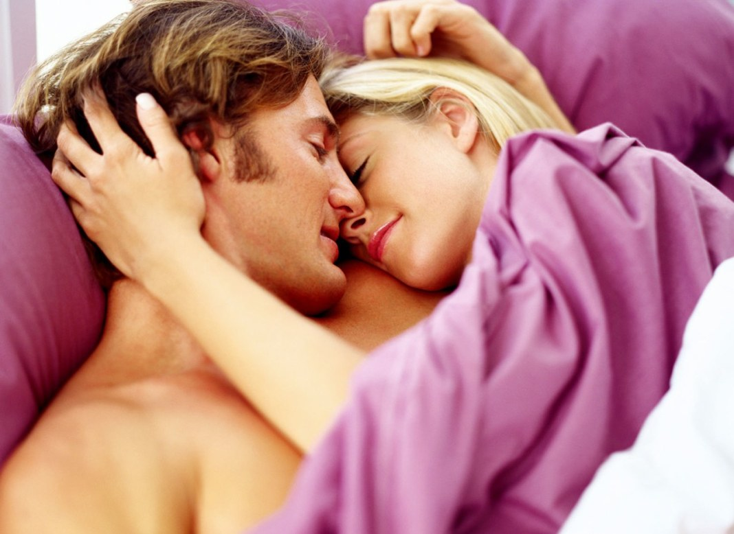 sex-love-life-2013-02-11-couplebed-main.jpg