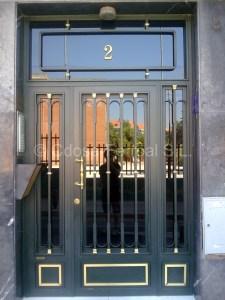 puerta de portal modelo clasico