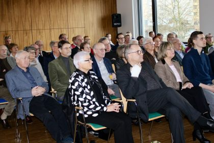 Zahlreiche Besucher beim Neujahrsempfang der CDU-Laatzen im Stadthaus v.l.: Erika Kolster, Peter Friedsch, Angelika Rohde, Michael Prill (JU-Vorsitzender, Laatzen), Christoph Dreyer, Jürgen Köhne
