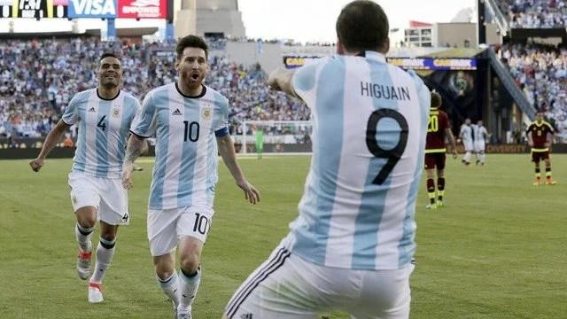 A Argentina venceu todos seus jogos até aqui! - Foto: GE