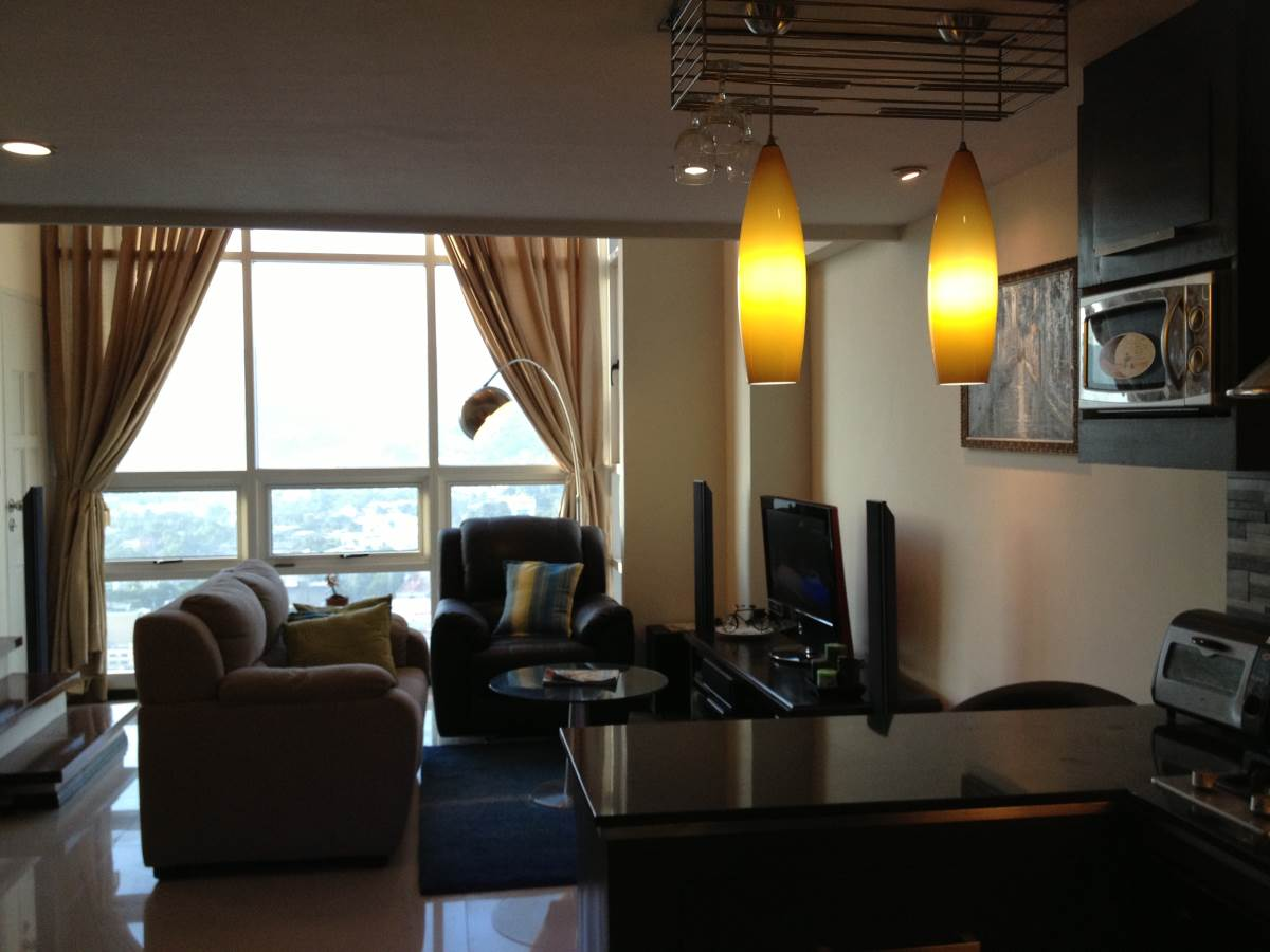 Club Ultima Residences 2 Bedroom Loft Unit Rush Sale