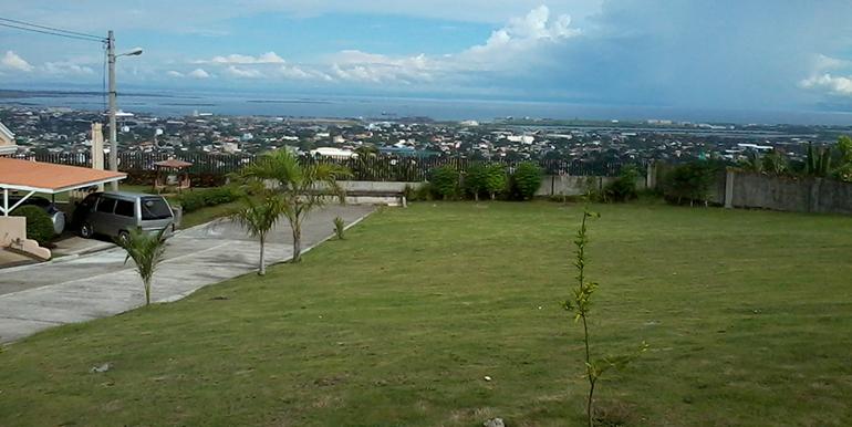 overlooking-house-for-sale-south-hills-labangon-cebu (1)