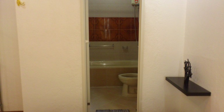 overlooking-house-for-sale-south-hills-labangon-cebucity (39)