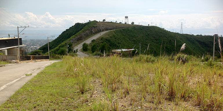 overlooking-lot-for-sale-at-vista-grande-pardo-cebu-city (12)