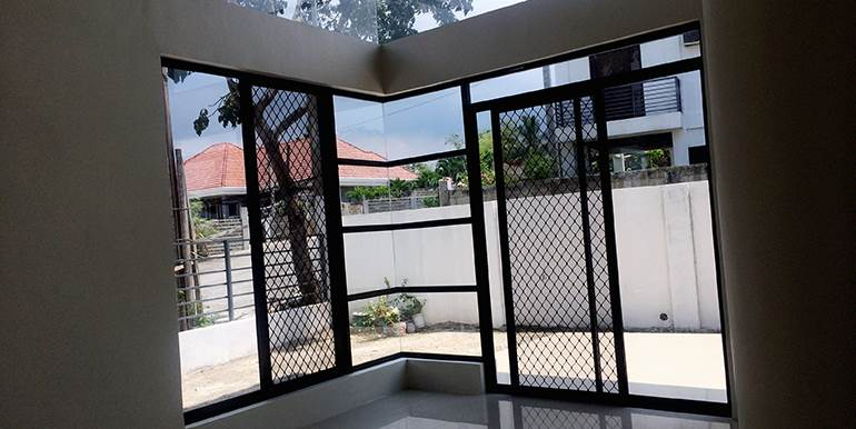 brand-new-house-for-sale-ready-for-occupancy-greenville-consolacion (2)