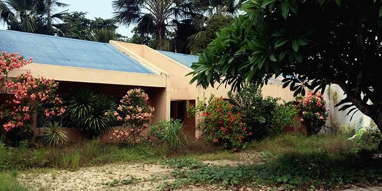 Emerald-Subdivision-big-house-and-lot-for-sale-talamban-cebu-city (2)
