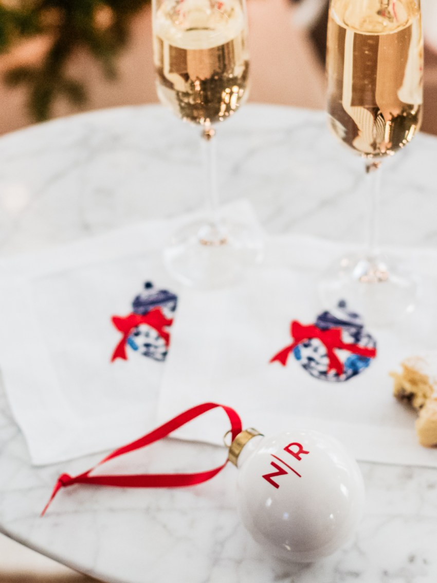 Easy Hostess Gifts for the Holidays and Christmas Parties
