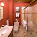 Cedar House Inn - Grove Room bath