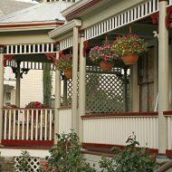 Cedar House Inn - Front Porch 03
