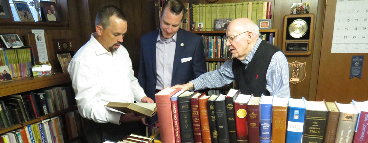 Personal Library of One of America's Foremost Bible ...