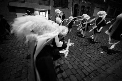 Paysans au carnaval de Binche
