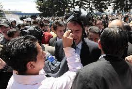 La polémica ley que desató la crisis en Ecuador (dpa)