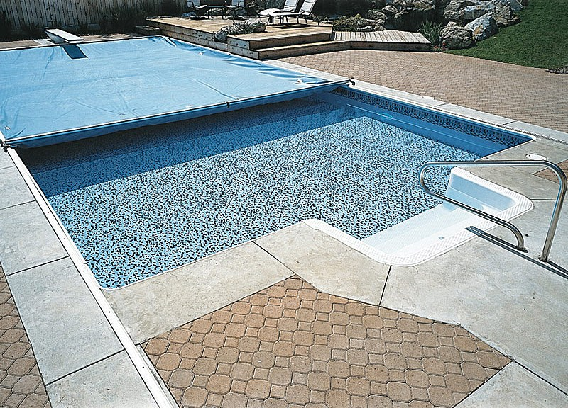 Keeping Your Pool Clean & Your Kids Safe