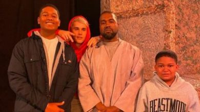 Photo of WATCH: Justin Bieber Performs Marvin Sapp's Song At Kanye West's Sunday Service