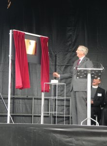 The Duke of Gloucester unveiling the plaque commemorating the opening