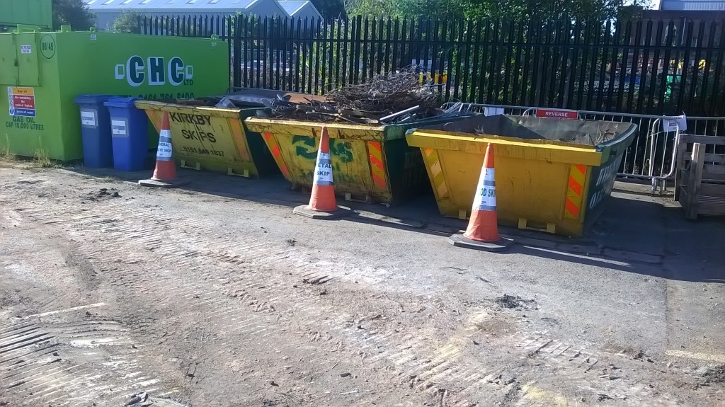 Skips for segregating construction waste