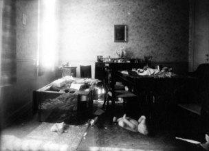 Moord op A.J. Wekselman in zijn woning. Brussel, 29 juli 1943. (Collectie CegeSoma)