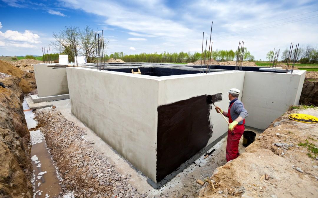 Jak wykonać izolacje fundamentów i ścian fundamentowych?
