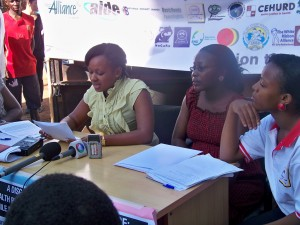 Photo3-The-Coalition-to-End-Maternal-Mortality-members-hold-a-press-conference-before-the-march