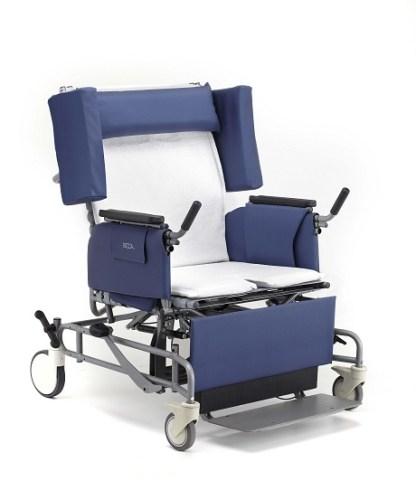 Vanguard Broda Wheelchair w white terry