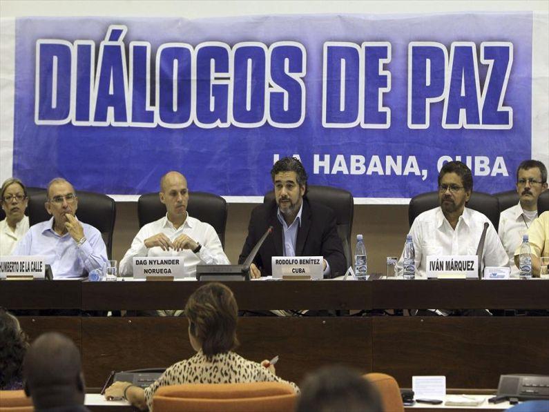 Colombia: los turbulentos caminos hacia la paz – por Agustín Lewit