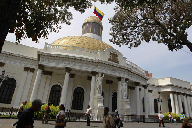 Claves sobre la disputa institucional en Venezuela: Asamblea Nacional, Ejecutivo y Tribunal Supremo de Justicia (por Gisela Brito)